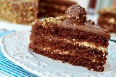 Tort Ferrero Rocher - Retete culinare by Teo's Kitchen Ferrero Rocher, Vanilla Cake, Kitchen, Desserts, Recipes, Food, Tailgate Desserts, Cooking, Deserts