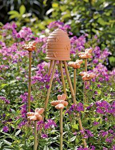 Beehive Garden Finial