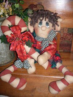 Primitive Raggedy Eddy the Elf