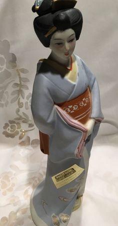 Vintage Seyei Fine Porcelain Japan  Liquor Decanter Bottle Geisha Figurine*