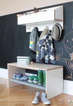 Garderoben - Kindergarderobe und Schuhbank - ein Designerstück von weluschu bei DaWanda