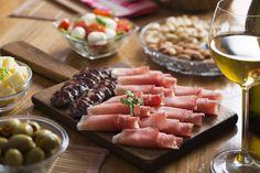 Italian inspired appetizers! #eccodomanicelebration #eccodomanicelebration