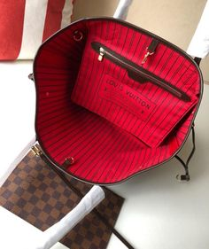 Louis Mirror – Shop For Replica Bags & More! Vuitton Bag, Louis Vuitton Handbags, Louis Vuitton Monogram, Dior Shoes, Gucci Wallet, Valentino Black, Louis Vuitton Neverfull, Saddle Bags, Me Too Shoes