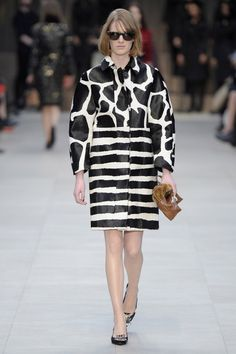 Pin for Later: Get in the Trenches With Burberry's British Invasion Burberry Prorsum Fall 2013 One of the label's most graphic collections came with Fall 2013's high-contrast prints.