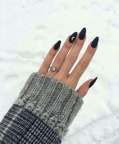 47 Most Eye Catching Beautiful Black Nail Art Ideas
