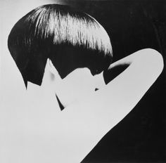 Vogue creative director Grace Coddington modeling a Vidal Sassoon Bob, 1965 - photo by David Montgomery/Getty Images