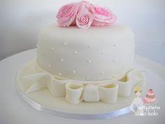 Arquiteta do Bolo - Bolo Decorado - Pasta Americana - Confeitaria Artesanal - Campinas, SP: Bolo Decorado com Rosas - Aniversário