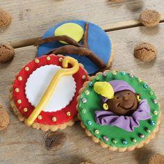 Koekjes deze de perfecte traktatie met Sinterklaas! Maak samen met je kinderen deze schitterende Sinterklaas koekjes voor pakjesavond.