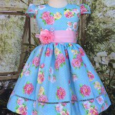 Vestido infantil bege e rosa Floral