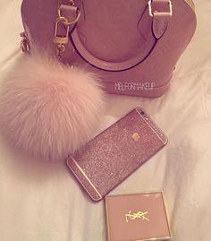 c75a6d724c76 Rose Ballerine Gossip Girl Fashion, Beautiful Bags, The Queen, Hand Bags,  Cute