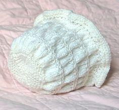 Heidi Bonnet {free pattern}.