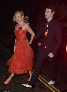 Sienna Miller leaves Mario Testino bash looking a little worse for wear   Daily Mail Online
