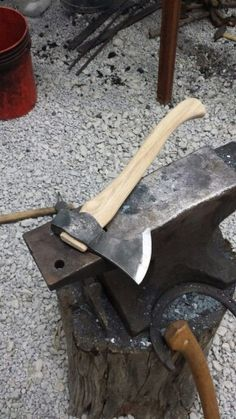 #axes #axe #ax Justin Burke - great looking axe!