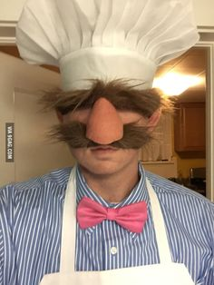 The Swedish Chef! Who else remembers this one? ★ Via ★ ★ ★ ★ Halloween Costume Ideas ★ Men's Halloween Costume ★ Halloween Costume Men ★ Halloween Party Ideas ★Halloween Celebration ★ Creative Costumes, Cute Costumes, Diy Halloween Costumes, Halloween Cosplay, Halloween Crafts, Halloween Makeup, Halloween Party, Diy Party Costumes, Awesome Costumes