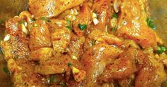Jak marinovat kuřecí maso, aby bylo jemné a šťavnaté? Přidejte 1 lžíci hořčice v tom správném čase recept – snadnepecivo Chicken Wings, Meat, Cookies, Crack Crackers, Biscuits, Cookie Recipes, Cookie, Biscuit, Buffalo Wings