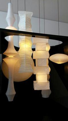 in search of — davidhansendesign: Isamu Noguchi - Akari light. Noguchi Lamp, Isamu Noguchi, Chandeliers, Modern Art Sculpture, Vintage Lamps, Paper Lanterns, Ceiling Lamp, Bauhaus, Lamp Light