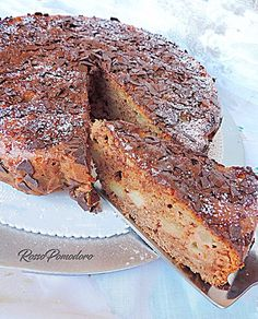 Oggi vi offro una bella fetta di una golosa torta alle mele al cacao con yogurt e senza burro.Questo il link della ricetta:http://rossopomodorocucina.blogspot.it/2017/04/torta-cioccomela-con-yogurt-senza-burro.html#cake #dolci #feste #sweet #food #ifoodit #instagood #instalike #gustogood #contest prelibatezzeperbuffet #cucina #kitchen #foodporn #italianfood #italinrecipes #dolcidaforno #tortedacolazione #senzaburro ricette #recipes #yogurt #tortamele #cacao #colazione #merenda…