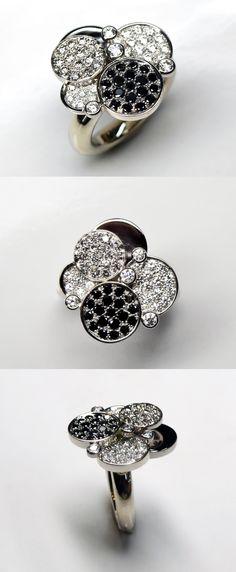 360e885778c 49 meilleures images du tableau Bague diamant noir