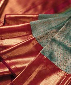 Pretty Pink And Green Color Soft Silk Designer Saree – Great indian saree Pattu Sarees Wedding, Wedding Saree Blouse Designs, Half Saree Designs, Pattu Saree Blouse Designs, Blouse Designs Silk, Sari Blouse, South Indian Bride Saree, Indian Bridal Sarees, Wedding Silk Saree
