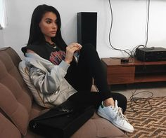 """613.9k Likes, 2,646 Comments - madison beer (@madisonbeer) on Instagram: """"this is my """"im on to you bud"""" face"""""""