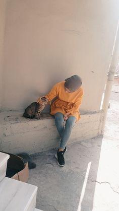 Cat # Cat # off