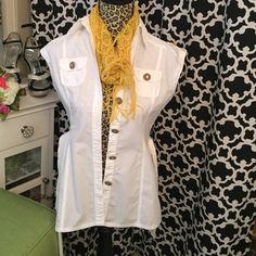 Merona belted safari top✨ Cute creamy white safari top, XS, 100% cotton, excellent condition!✨ Merona Tops Button Down Shirts