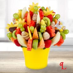 Celebrate summertime with the fresh aroma and sweet taste of fruit. Our Summer Love bouquet captures that long-awaited summer sensation. If you are looking for a healthy gift for a summer birthday or anniversary, look no further. Sweet pineapple, mouth-watering watermelon daisies, fresh and chocolate-dipped strawberries, crisp grapes, melon and fresh kiwi – there's no better way to refresh your day!