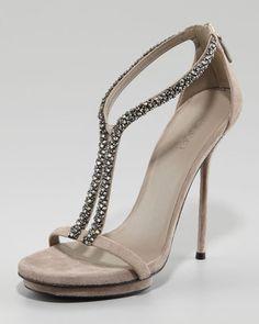 www.gucci.com, Gucci Naomi Crystal Sandal, bride, bridal, wedding, shoes, wedding shoes, bridal shoes, haute couture