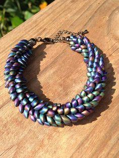 Kumihimo bracelet with long magatama beads: