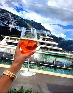 The best way to live a luxury lifestyle ! Luxury Lifestyle Women, Rich Lifestyle, Martin Solveig, Relax, Luxe Life, Millionaire Lifestyle, Rich Girl, Looks Style, Glamour