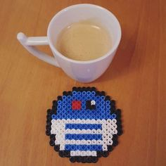 Star Wars R2D2 coaster hama beads by eldealgolpito