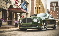 Lease a 2016 Bentley Mulsanne Speed with Premier Financial Services today. Photo via Car and Driver. #Lease #Bentley #SimpleLease