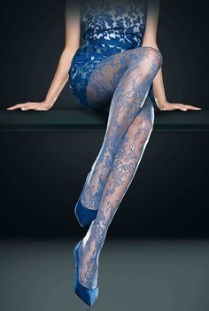 7996c0c1cb1 Oroblu Elaine Lace Floral Sheer Tights