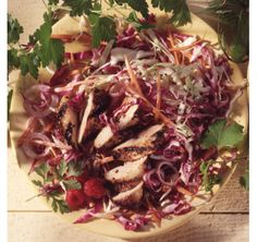 A prized cupboard staple is PC Balsamic Vinaigrette. The complex fruitiness of the balsamicvinegar imparts a wonderful flavour to grilled chicken in this main-course salad. Red Cabbage Recipes, Red Cabbage Salad, Balsamic Chicken, Grilled Chicken, Healthy Choices, Lunch, Meals, Healthy Dinners, Vegetables