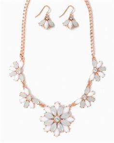 charming charlie | Floral Box-Chain Necklace Set | UPC: 410006639904 #charmingcharlie