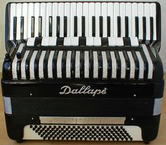 AccordionLab Native Instruments, Music Instruments, Piano Accordion, Case, 1980s, Musica, Musical Instruments