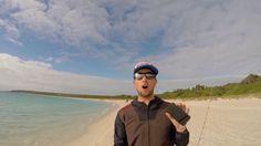 Австралийские видеоблогеры продемонстрировали в своем новом видео, как можно поймать рыбу на iPhone