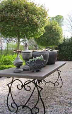 concrete table top, Room Seventeen