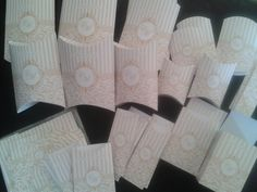 Rótulos para kit toalete - 2 kits  Kit toilet-   www.elo7.com.br/renatafelixfestas  R$90,00 kit feminino e masculino