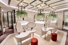 MUSEA opens up imagination at a new retail landmark . Portable Partitions, Toilette Design, Flexible Furniture, Glass Structure, Restroom Design, Public Bathrooms, Retail Space, Built Environment, Lounge Areas
