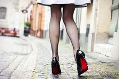 むくみ脚を退治する朝の習慣5つ(Photo by Kaspars Grinvalds/Fotolia)【モデルプレス】