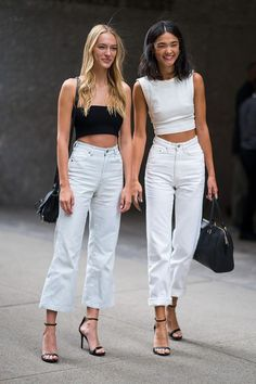 Every major model off-duty look from the 2018 Victoria's Secret casting - Street Style Outfits Models Off Duty, Off Duty Model Style, Model Look, Models Men, Fashion Models, Fashion Trends, Models Style, Fashion Designers, Fashion Figures