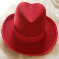 Quality Red Wool Felt stiff bowler hat satin lined 5 sizes Major Wear