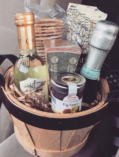Mini Meat, Cheese & Wine Gift Basket