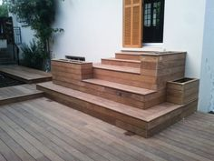 Patio Stairs, Patio Doors, Backyard Patio, Types Of Stairs, Cute Garden Ideas, Wood Steps, Atrium, Front Deck, Back Doors