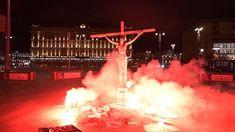 В центре Москвы возле здания ФСБ задержан известный акционист Павел Крисевич. Он был в образе Христа. Что любопытно, в этот же самый момент здании «Детского мира» напротив внезапно прорвало трубы, и вода затопила несколько этажей. (Фото: «Знак.ком») (1) CASBT OSINT (Пухнастіум Rex на 25%) у Твіттері: «Список @CASBT1: ExtraNews News, 2020, Vote, Ukraine » / Твіттер Concert, Fun, Travel, Youtube Youtube, Viajes, Concerts, Destinations, Traveling, Trips