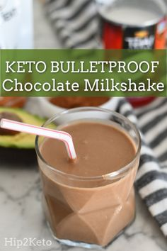 BulletProof Keto Chocolate Milkshake A non-dairy creamy chocolate shake that is over the top chocolatey delicious. BulletProof Keto Chocolate Milkshake - This Keto Bulletproof Chocolate Shake is Dairy Free. Keto Smoothie Recipes, Low Carb Smoothies, Shake Recipes, Ketogenic Recipes, Low Carb Recipes, Ketogenic Diet, Keto Breakfast Smoothie, Water Recipes, Keto Foods
