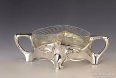 Ezüst jugendstil üveges kínáló Engagement Rings, Mugs, Tableware, Jewelry, Art Nouveau, Enagement Rings, Wedding Rings, Dinnerware, Jewlery