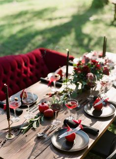 Crimson and red bold table decor: http://www.stylemepretty.com/living/2016/11/16/5-ways-to-impress-your-guests-this-thanksgiving/ Photography: Jacqui Nicole - http://jacquicole.com/