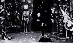 """""""Genuine, die Tragödie eines seltsamen Hauses (Genuine)"""", directed by Robert Wiene, 1920"""